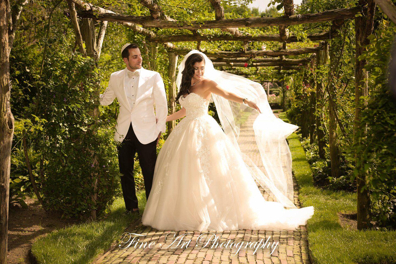 best-wedding-photographer-in-commack